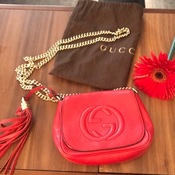 Gucci Handbags - Gucci red leather disco bag on chain